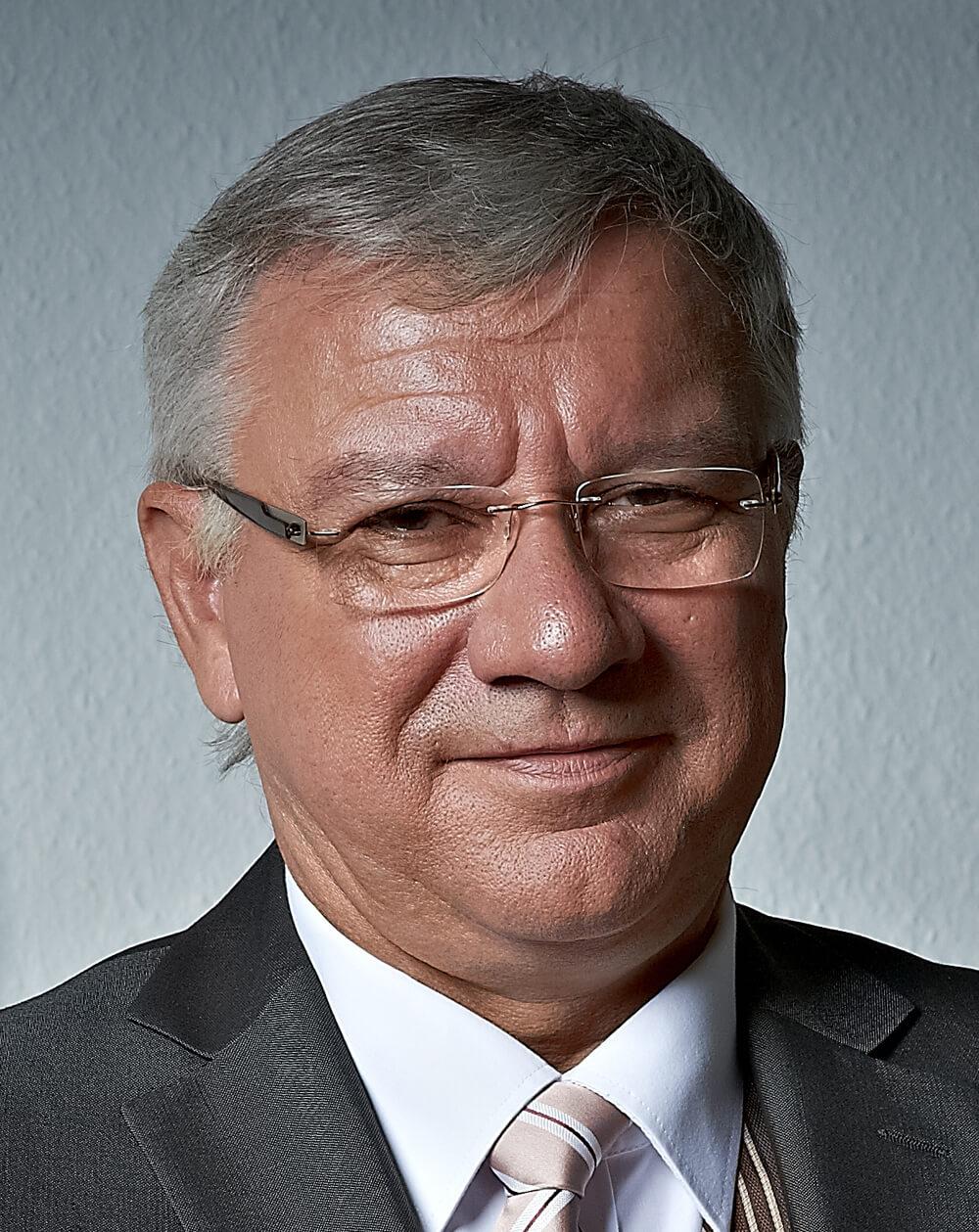 Der Koblenzer Oberbürgermeister Prof. Dr. Joachim Hofmann-Göttig